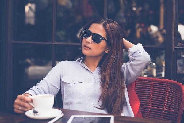 カフェのコーヒーを毎日飲む人は絶対に貯金がたまりません